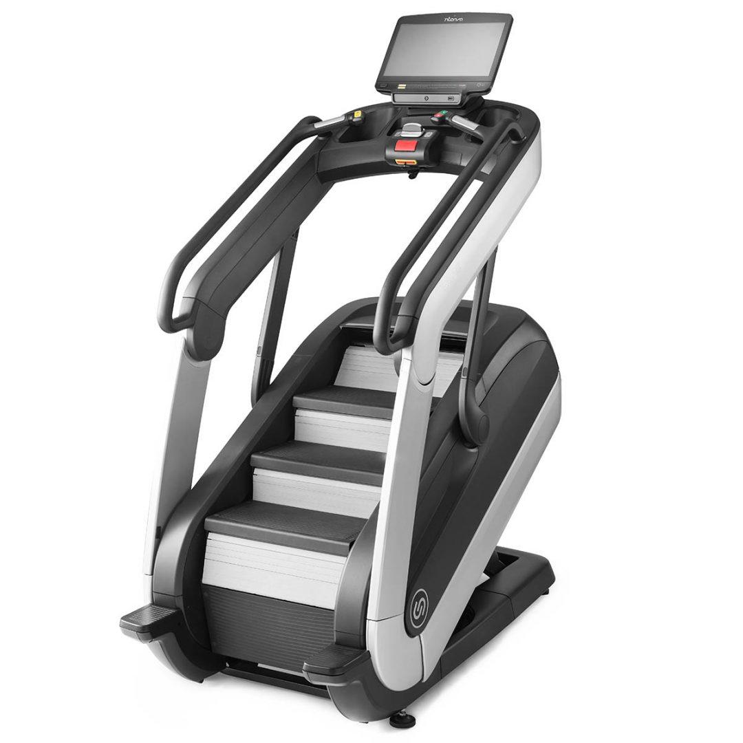 Schody Cardio z regulacja wysokosci schodow i regulacja kata nachylenia Intenza Escalate Stairclimber 550 Entertainment e Series